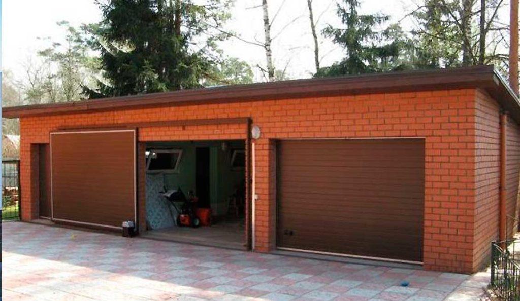 Откатные автоматические ворота  в гараже
